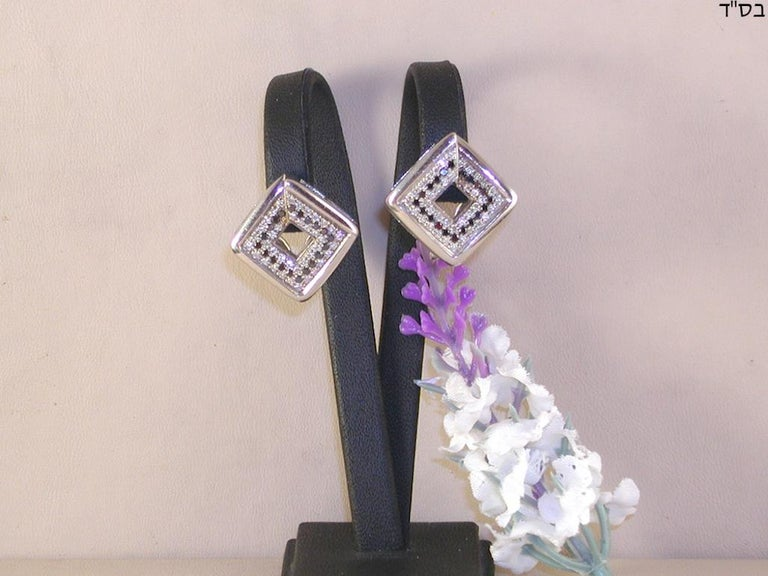 Contemporary 1.78 Carat White Gold Black Diamond Earrings For Sale