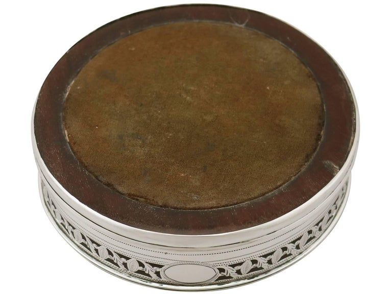 1795 Georgian Sterling Silver Coasters For Sale 4