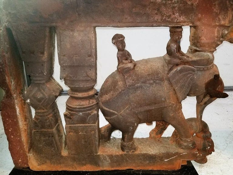 Archaistic 17th Century Pair of Brackets with Elephants and Mahuts For Sale