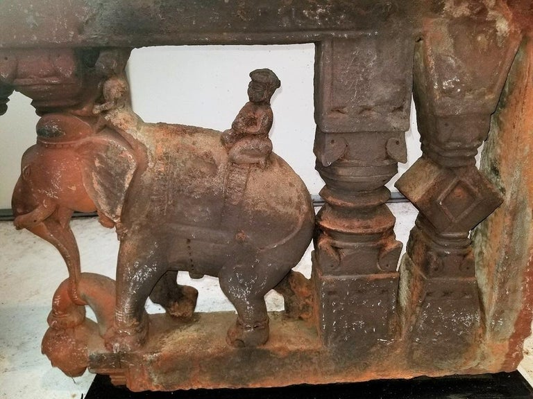 Indian 17th Century Pair of Brackets with Elephants and Mahuts For Sale