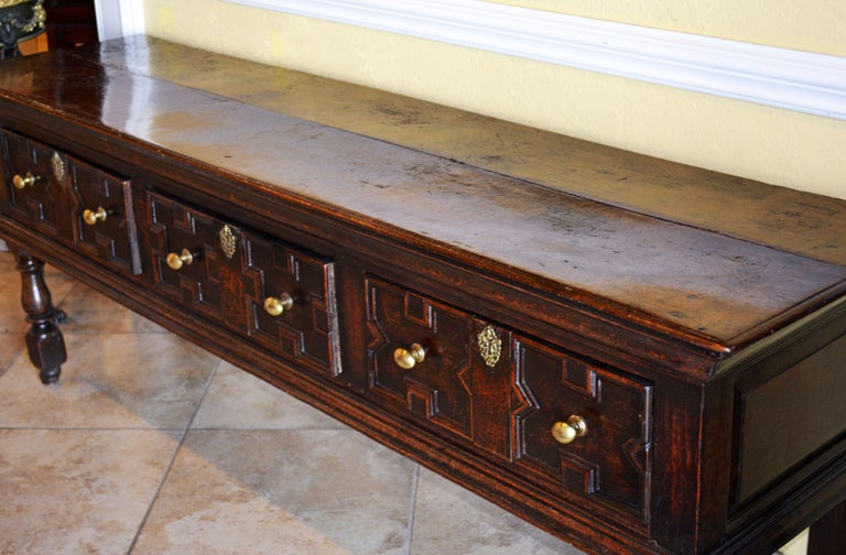 17th-18th Century English Jacobean Style Three-Drawer Oak Wood Dresser or Buffet For Sale 2