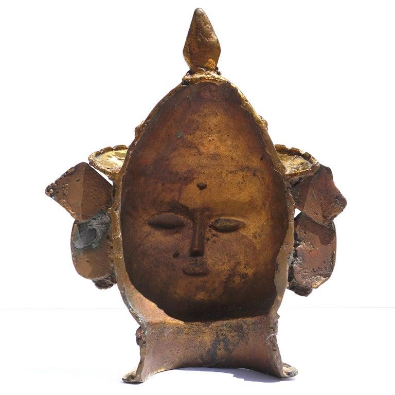 17th-18th Century Indian Mukhalingam Gilt Bronze Mask For Sale 3