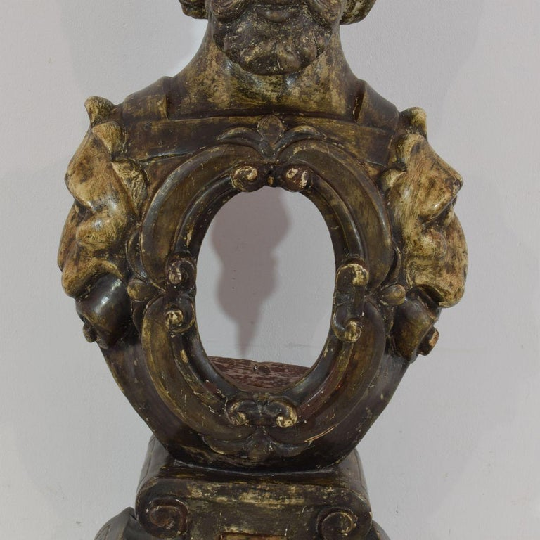 17th-18th Century Italian Wooden Reliquary Bust For Sale 6