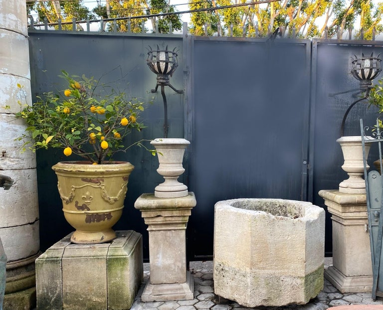 Wellhead Hand Carved Stone Container Planter Basin Trough Water Feature In Good Condition For Sale In West Hollywood, CA