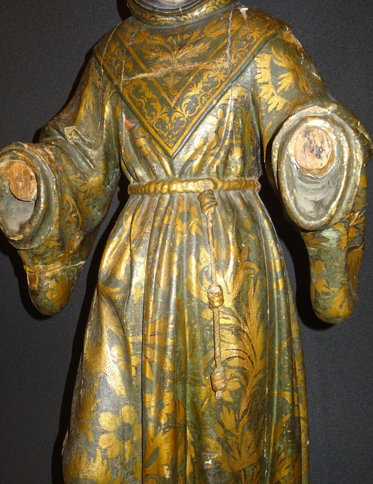 17th Century Andalusian Carved Gilded Polychromed Wood San Francisco Sculpture For Sale 4