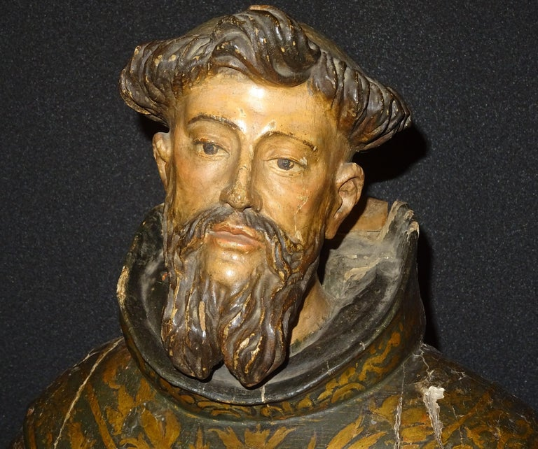 17th Century Andalusian Carved Gilded Polychromed Wood San Francisco Sculpture For Sale 5
