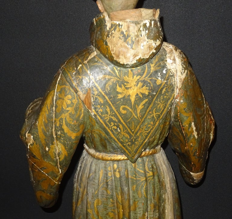 17th Century Andalusian Carved Gilded Polychromed Wood San Francisco Sculpture For Sale 8