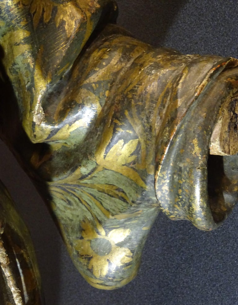 17th Century Andalusian Carved Gilded Polychromed Wood San Francisco Sculpture For Sale 9