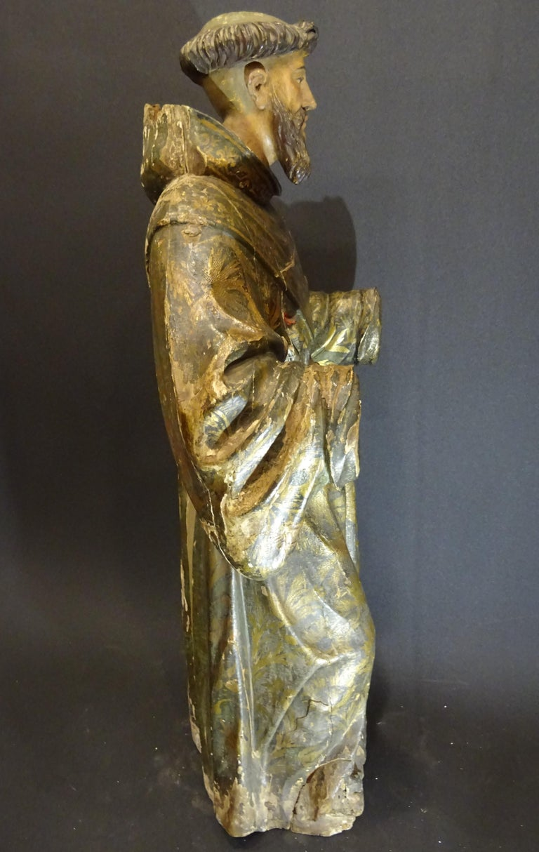 17th Century Andalusian Carved Gilded Polychromed Wood San Francisco Sculpture For Sale 11