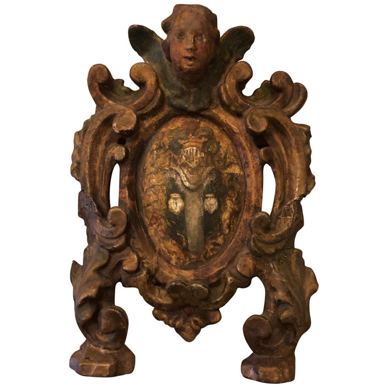 17th Century Carved Italian Crest For Sale