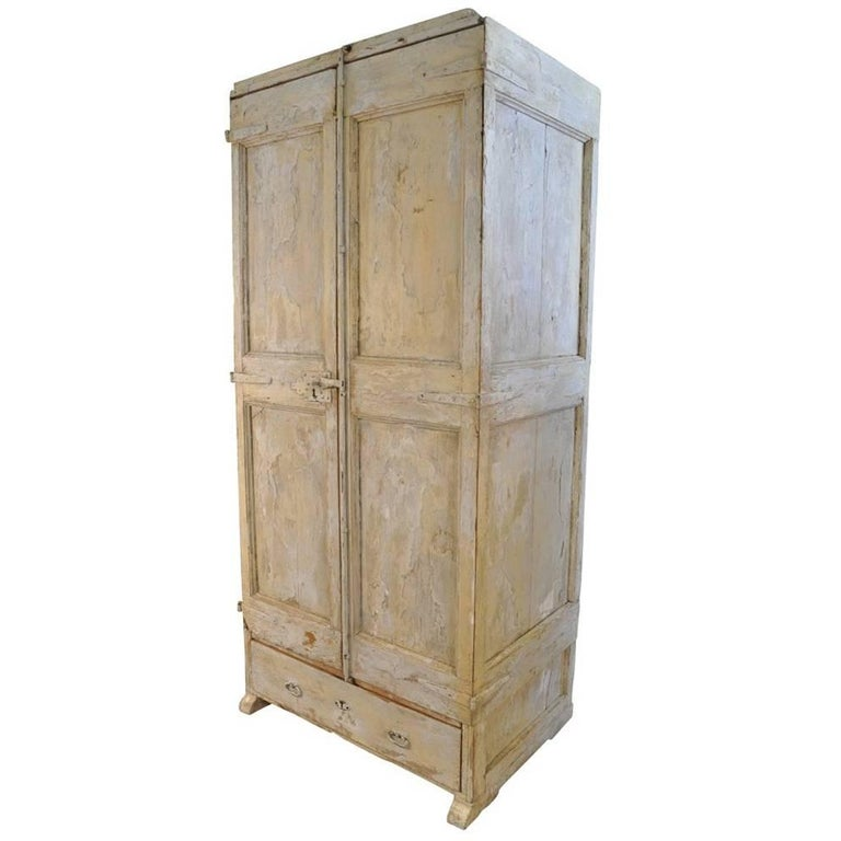 17th Century Catalan Cupboard, Armoire