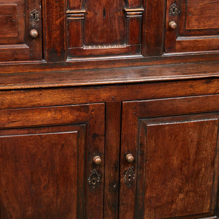 17th Century English Court Cupboard in Oak For Sale 6