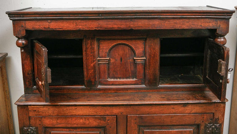 17th Century English Court Cupboard in Oak For Sale 2