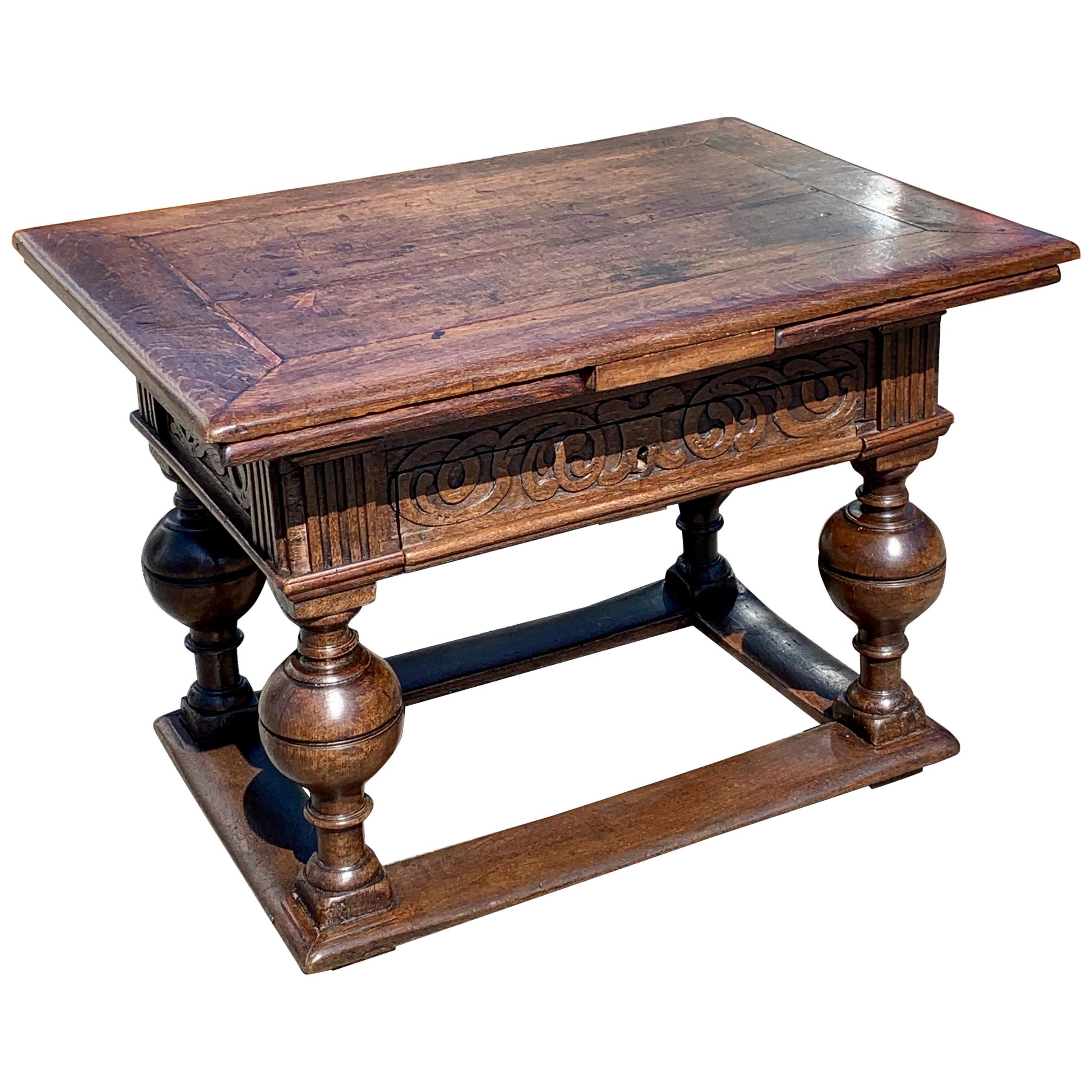 17th Century Dutch Oak Jacobean Withdraw Table
