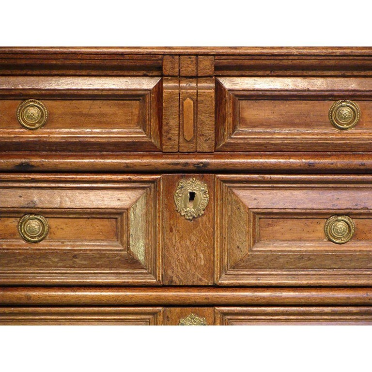 Charles II 17th Century English Oak Chest For Sale