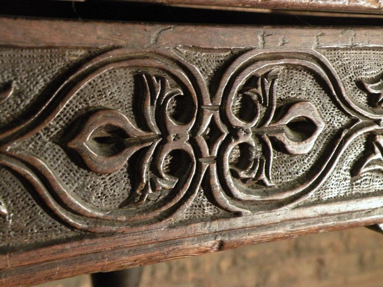 17th Century English Oak & Elm Jacobean/Charles II Long Six-Leg Refectory Table For Sale 3