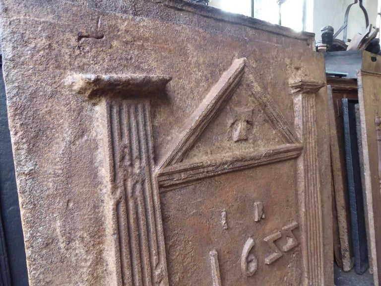 17th Century French Gothic Fireback For Sale 1