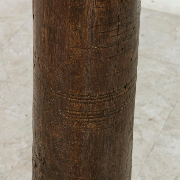 17th Century French Hand-Carved Walnut Pillar Column Pedestal with Gilt Capital For Sale 2