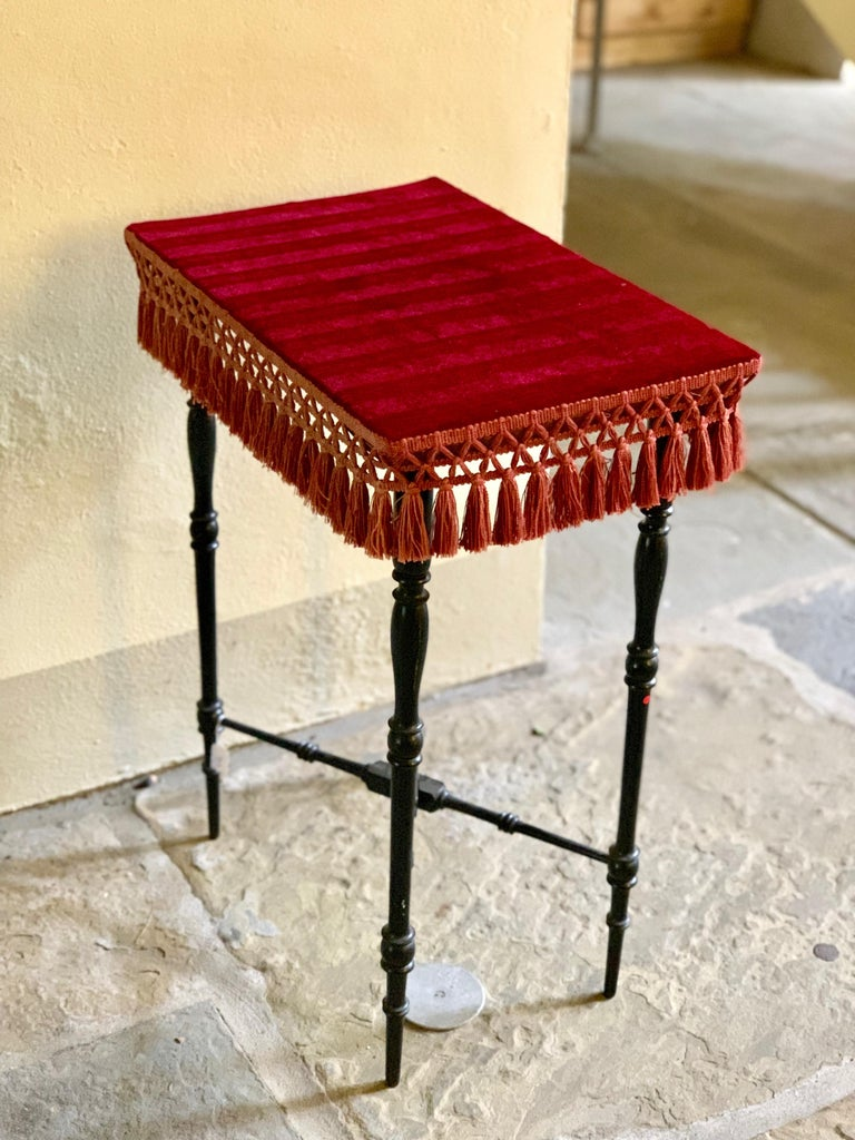 Early 20th Century French Occasional Table with Velvet Top For Sale 3