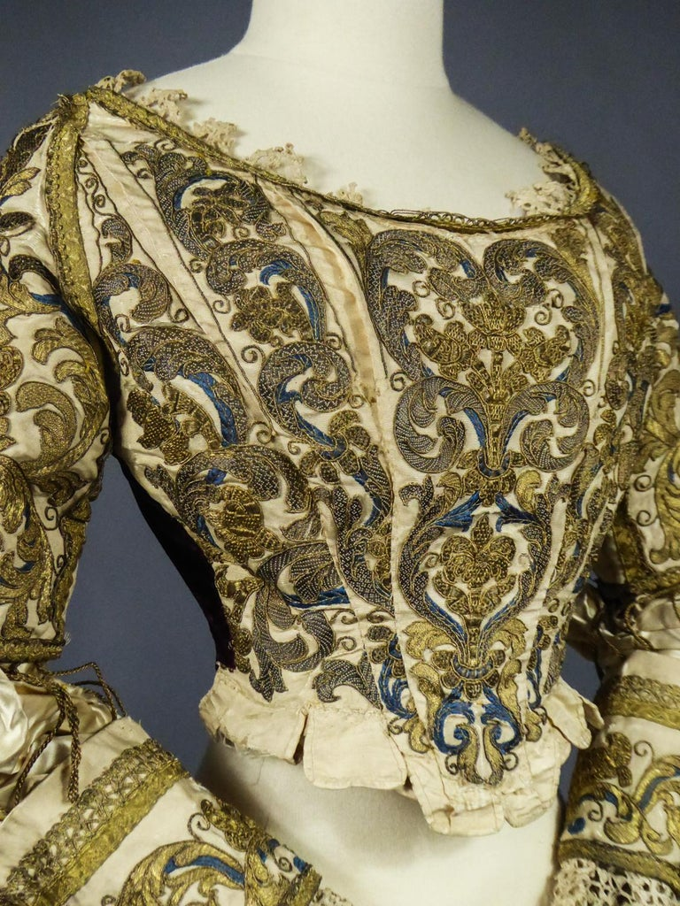 17th Century Golden Embroidered Baroque European Bodice Modified 19th Century For Sale 6