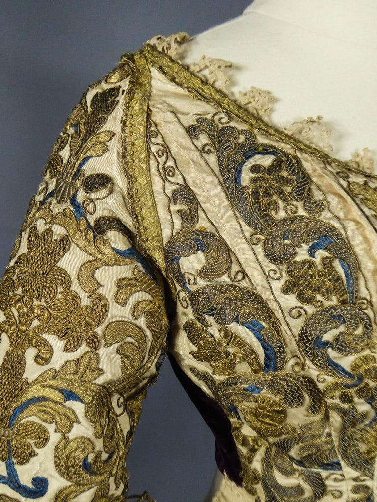 17th Century Golden Embroidered Baroque European Bodice Modified 19th Century For Sale 8