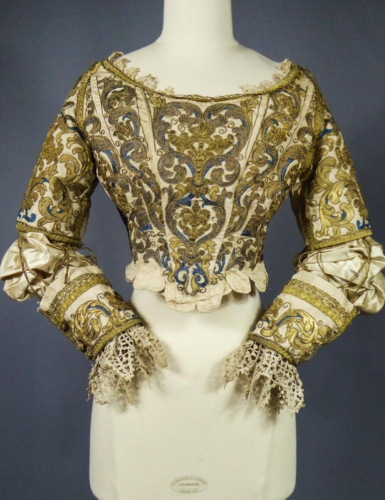 17th Century Golden Embroidered Baroque European Bodice Modified 19th Century For Sale 9