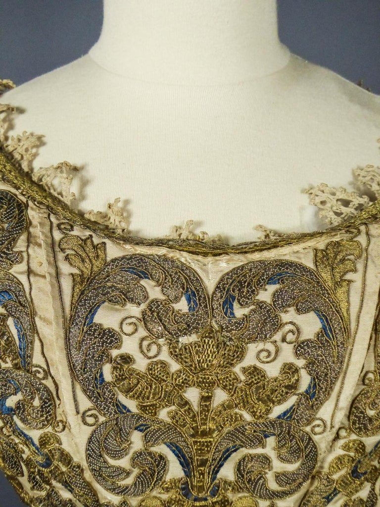 17th Century Golden Embroidered Baroque European Bodice Modified 19th Century For Sale 10