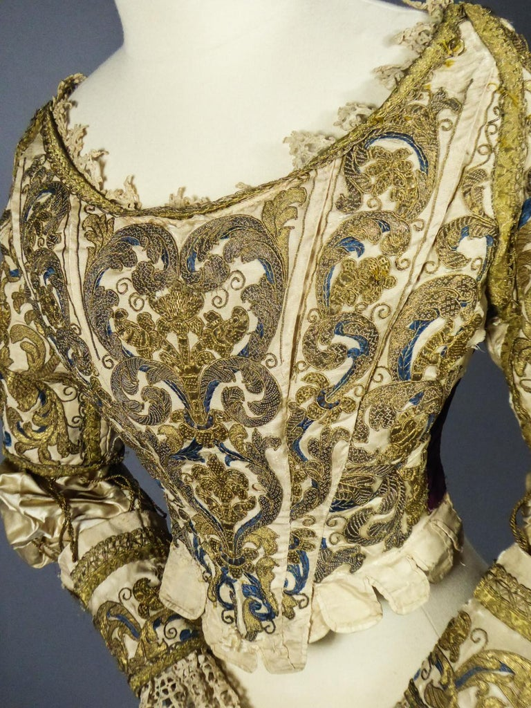 17th Century Golden Embroidered Baroque European Bodice Modified 19th Century For Sale 13