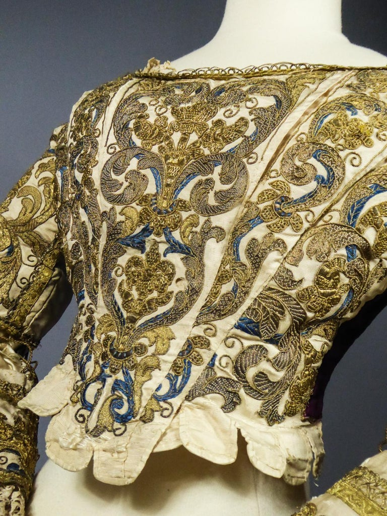 17th Century Golden Embroidered Baroque European Bodice Modified 19th Century For Sale 14