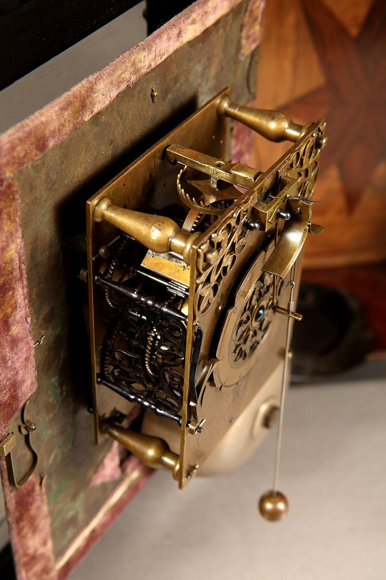 17th Century Hague Clock Signed by Pieter Visbagh, circa 1675 For Sale 1
