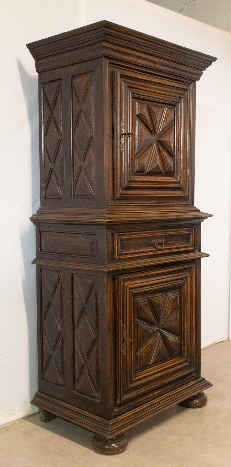 Homme debout Louis XIII with diamond points, French, 17th century.