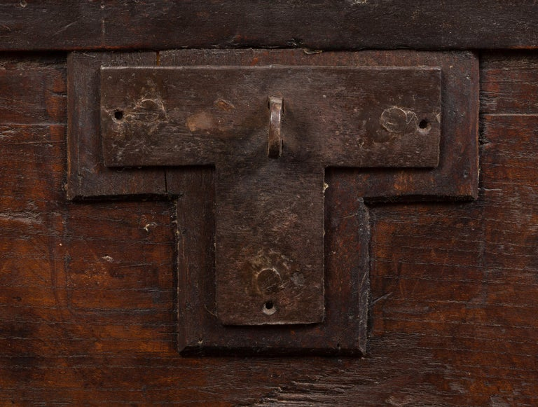 17th Century Italian Cassone Wedding Chest For Sale 8