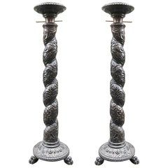 17th Century Italian Hand-Carved Pair of Solomonic Columns in Ebonized Wood