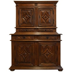 17th Century, Italian Hand Carved Walnut Cupboard