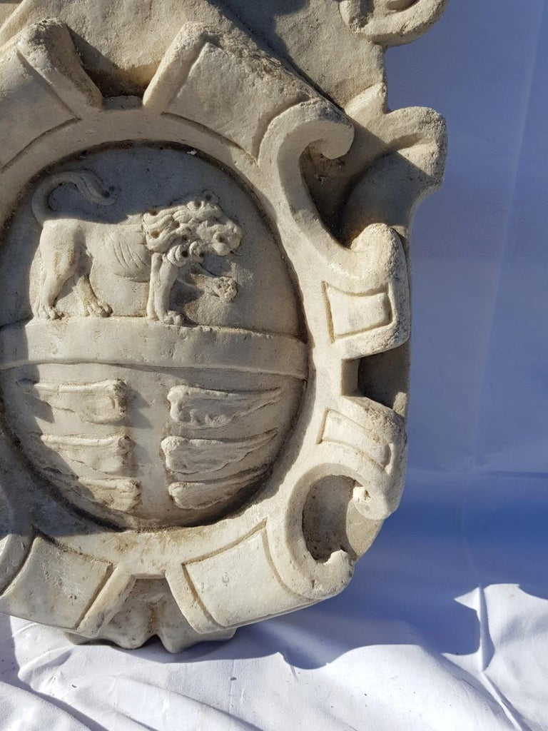 Other 17th Century Italian Noble Coat of Arms, White Marble Italy Baroque Garden Stone For Sale