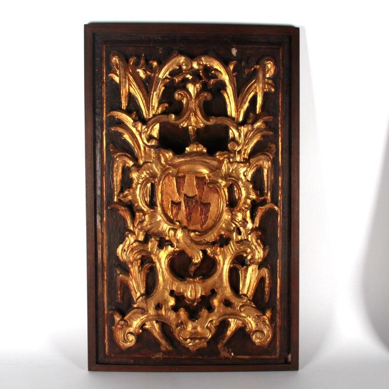 17th century Italian panels gilded wood.