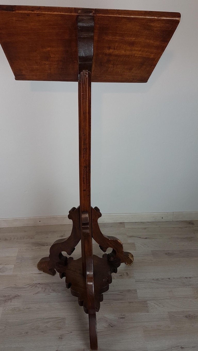 17th century italian poplar wood music stand for sale at 1stdibs. Black Bedroom Furniture Sets. Home Design Ideas