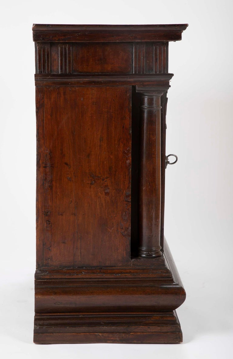 Hand-Carved 17th Century Italian Walnut Credenza For Sale