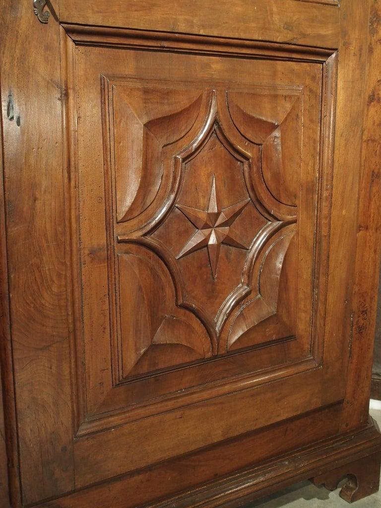 17th Century Italian Walnut Wood Corner Cabinet For Sale 6