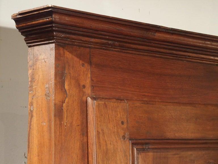18th Century and Earlier 17th Century Italian Walnut Wood Corner Cabinet For Sale
