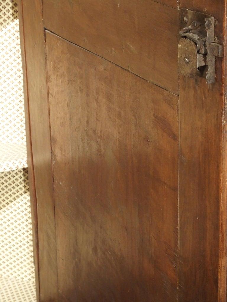 17th Century Italian Walnut Wood Corner Cabinet For Sale 2