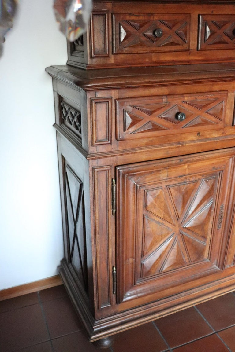 17th Century Italian Walnut Wood Large Rustic Sideboard, Buffet or Credenza For Sale 1