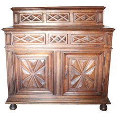 17th Century Italian Walnut Wood Large Rustic Sideboard, Buffet or Credenza