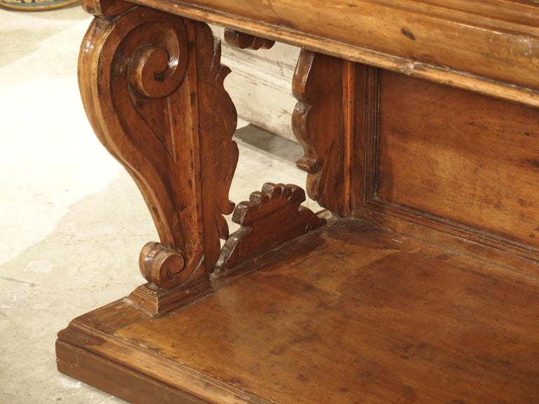 """17th Century Italian Walnut Wood """"Madia"""" Cabinet with Carved Bracket Base For Sale 2"""