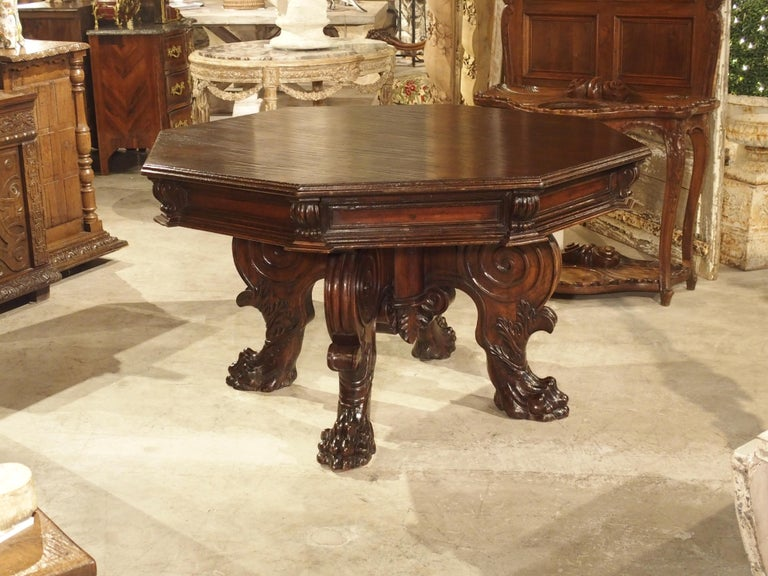 17th Century Italian Walnut Wood Octagonal Center Table with Large Paw Supports For Sale 12