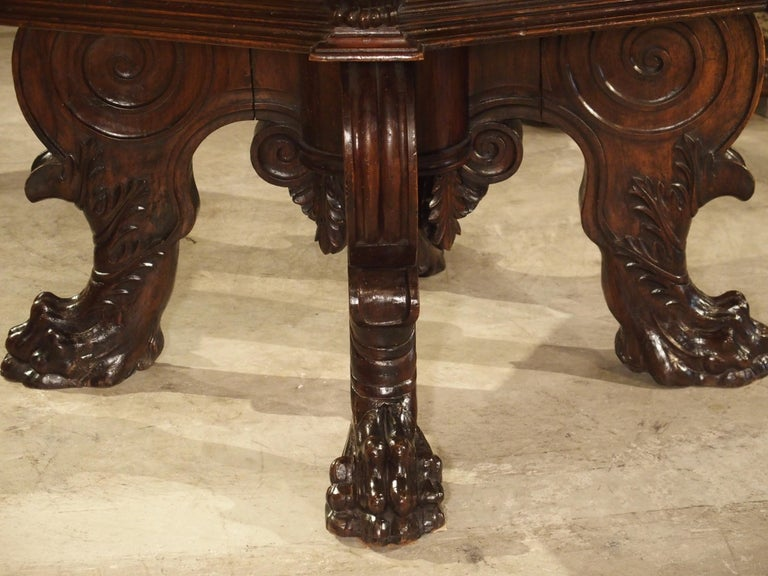17th Century Italian Walnut Wood Octagonal Center Table with Large Paw Supports For Sale 14