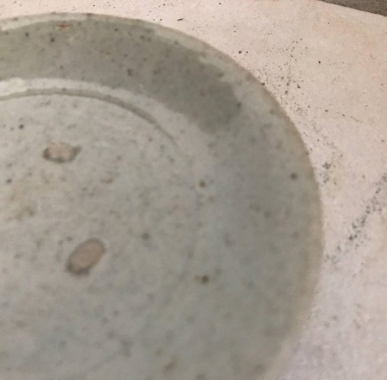 17th Century Japanese Porcelain Plate found in Tokyo, Japan  For Sale 3