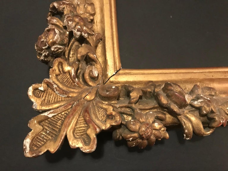 French 17th Century Louis XIV Large Giltwood Frame For Sale