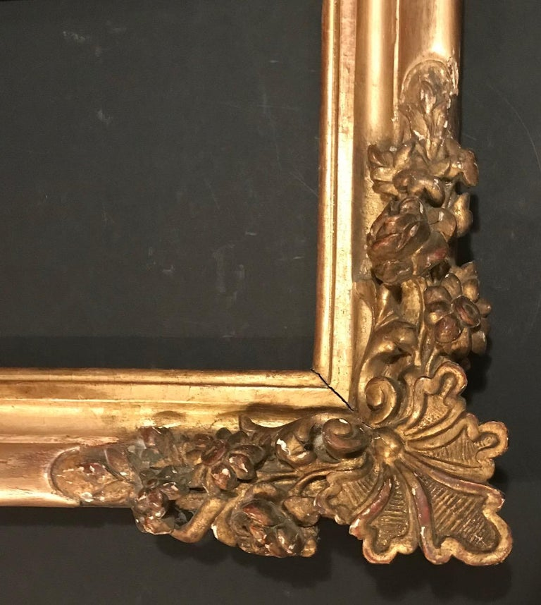 17th Century Louis XIV Large Giltwood Frame In Good Condition For Sale In Poughkeepsie, NY