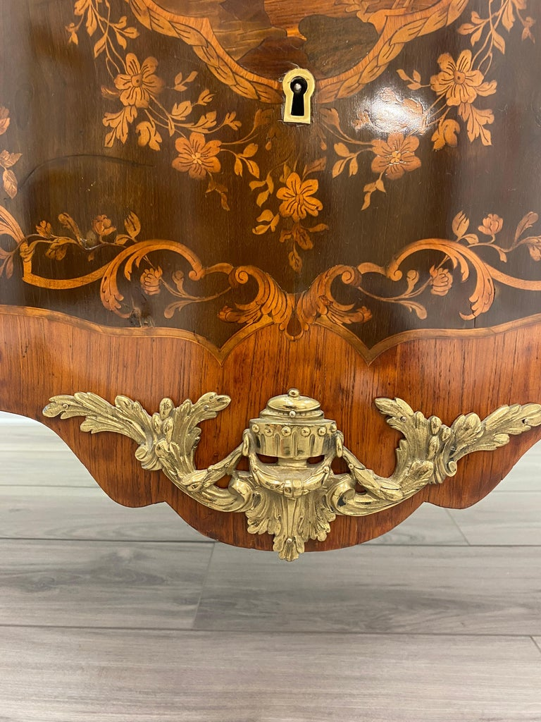 Louis XVI Marble Top Commode In Good Condition For Sale In La Plata, MD